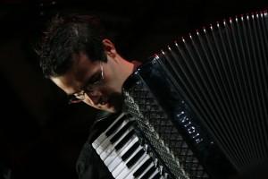 Raúl Álvarez Acordeón Cuerdas al Aire CEDAM